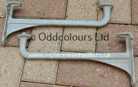 Cast iron Towel Rail Brackets (Pair)
