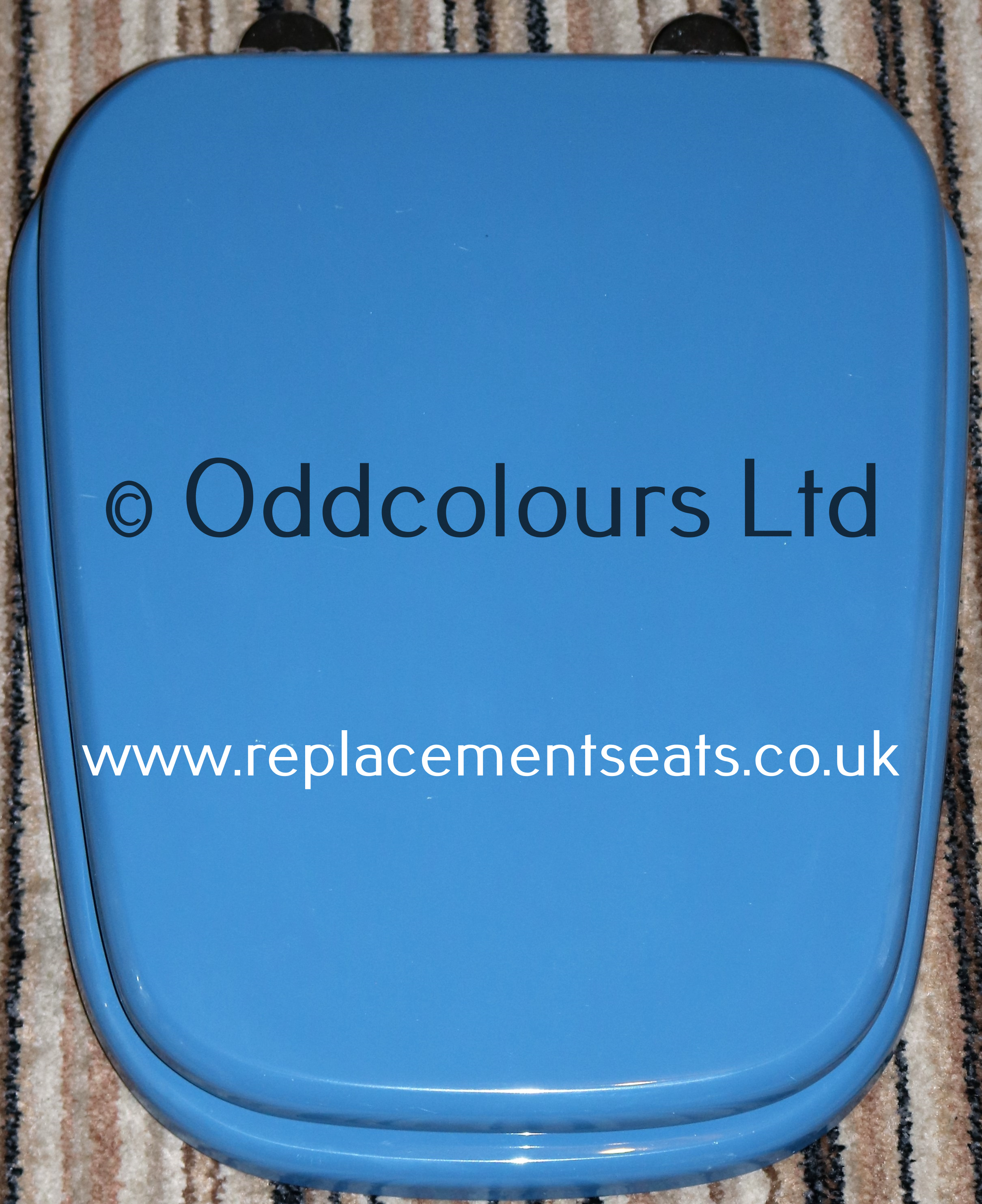 Debut resin replica seat in Alpine Blue